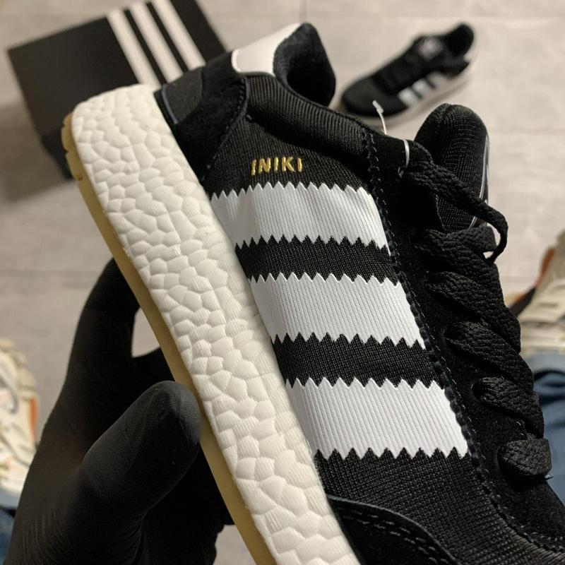 Adidas iniki black and white. - Фото 7