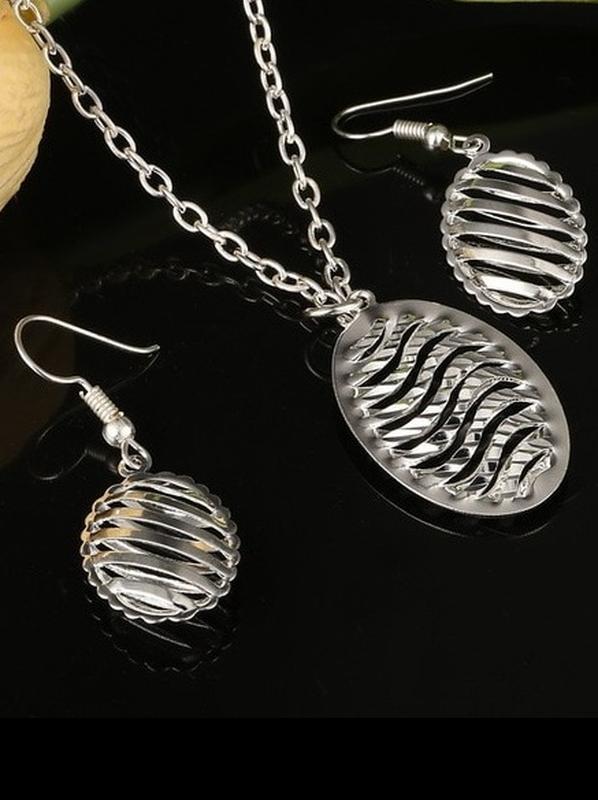 🏵набор серебрённый кулон на цепи и серьги, новый! арт. 109023