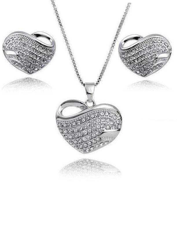Ювелирный набор кулон на цепи и серьги сердце, новый! арт. 488...