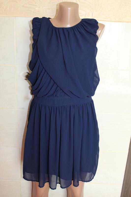 Шифоновое платье boohoo в идеальном состоянии м-l