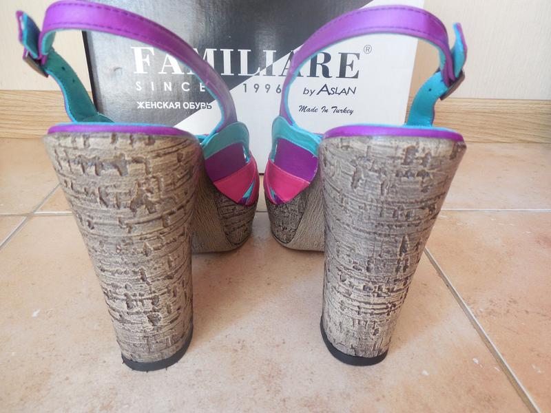 Удобные женские кожаный босоножки на каблуке - Фото 5