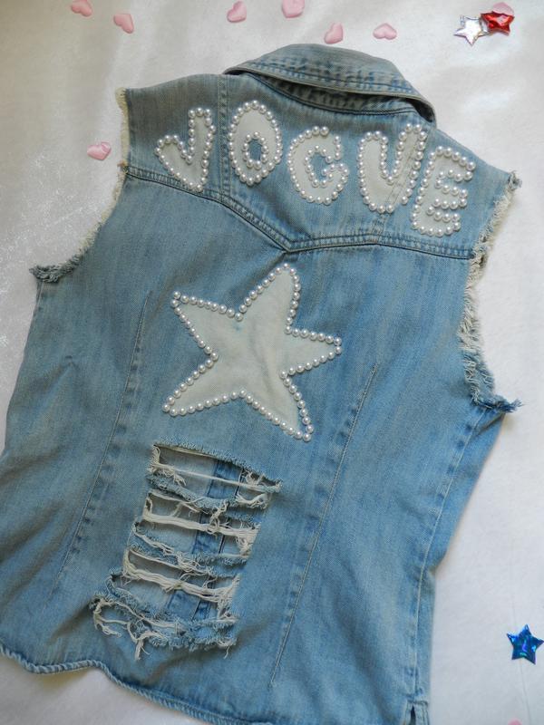 ✅ рваная джинсовая жилетка с жемчугом - Фото 6