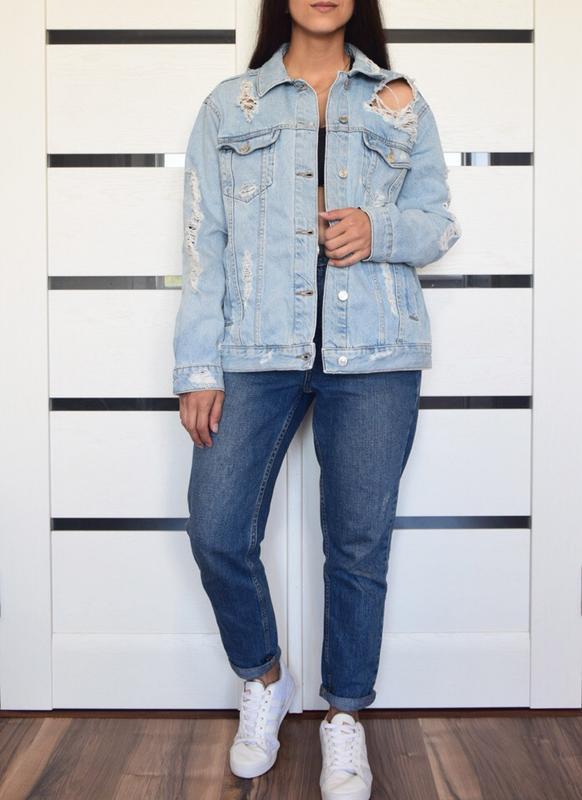 Джинсовая куртка с рваностями topshop - Фото 3