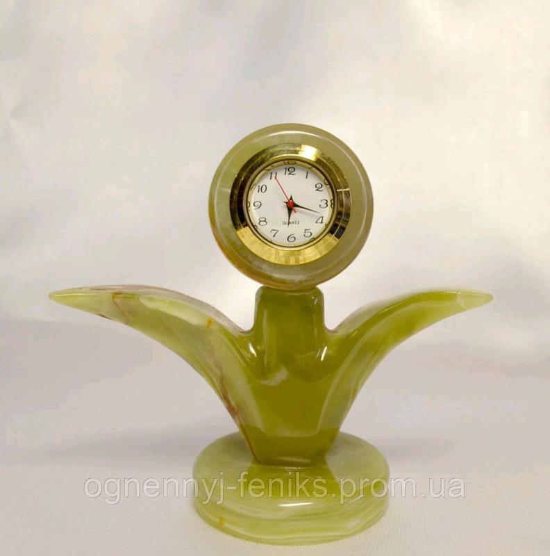 Цветок часы из натурального камня оникса