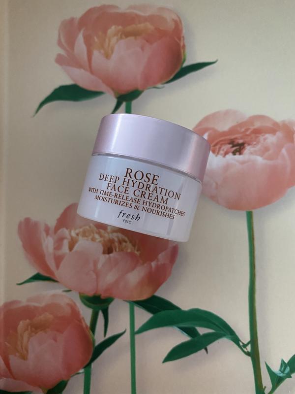 Интенсивно увлажняющий крем для лица fresh rose deep hydration...