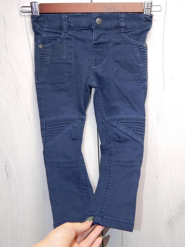Стильные джинсы на мальчика - Фото 4