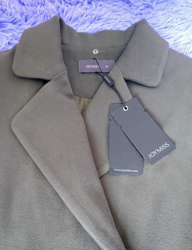 Стильное пальто жилетка на запах - Фото 4
