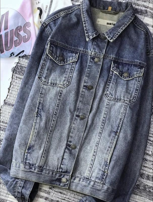 Джинсовая куртка, джинсовка с нашивкой topshop - Фото 2