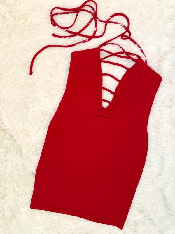 Новое с биркой шикарное красное платье prettylittlething - Фото 2
