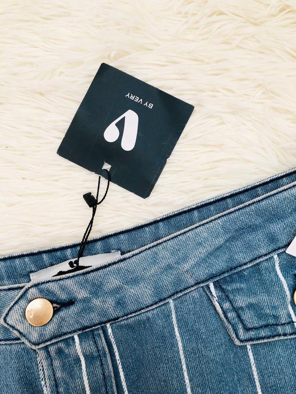 Новая с биркой джинсовая юбка в полоску с пуговицами by very р... - Фото 2