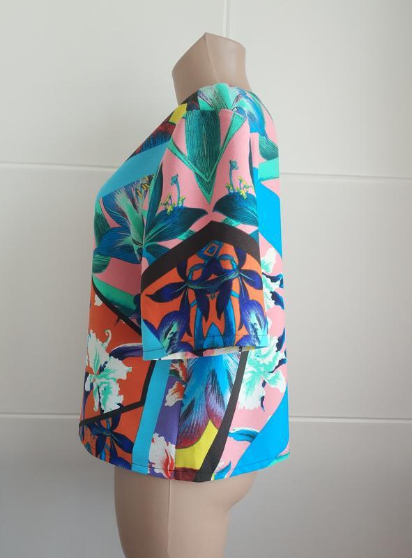 Стильная  блуза, топ  asos с ярким принтом - Фото 3