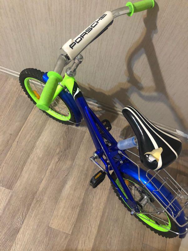 Велосипед детский 4-7лет есть боковые колеса