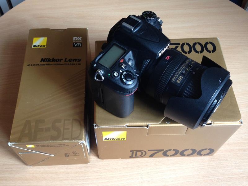 Фотоаппарат цифровой Nikon D7000 и объектив Nikkor - набор ком...
