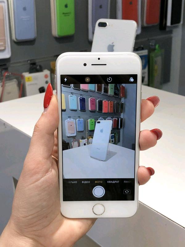 IPhone 8 64GB Silver оригинал - Фото 2
