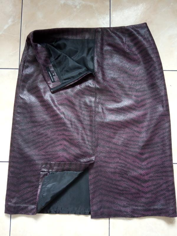 Хищная юбка-карандаш р.м vero moda фактурная ткань под кожу - Фото 2