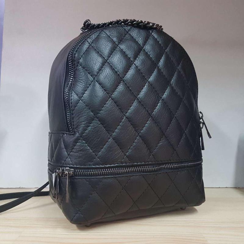 Стеганый рюкзак кожа италия в черном цвете мягкая кожа, можно ...