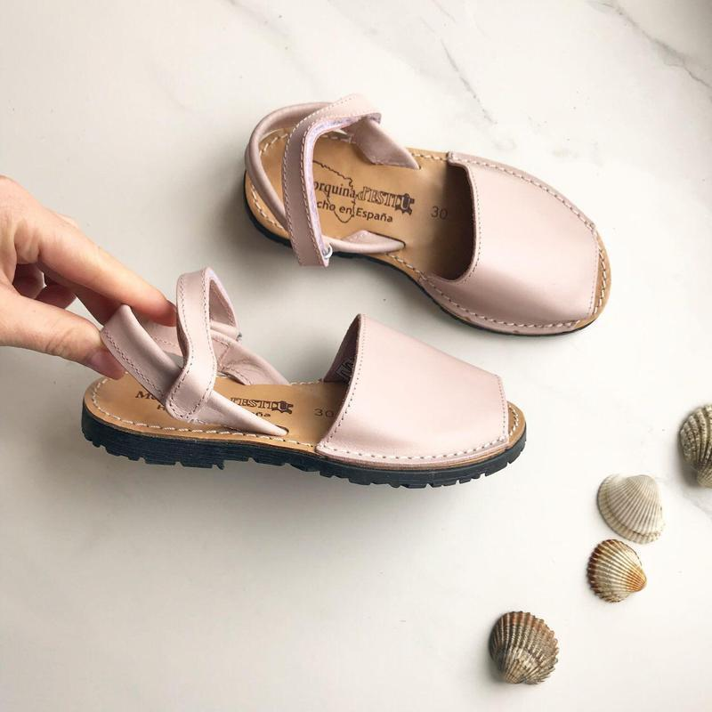 Детские сандали кожа испания менорки 30 р цвет пудра