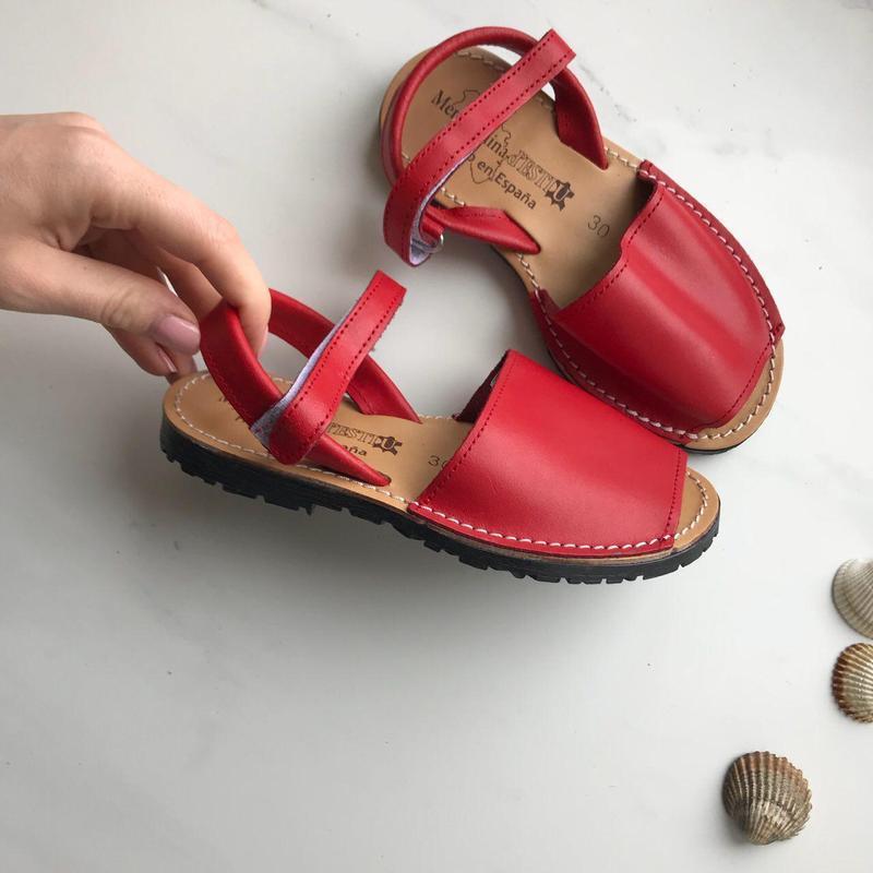 Детские менорки сандали кожа испания оригинал красный 30 р