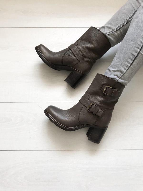 Ботиночки minelli на устойчивом каблуке кожа оригианал