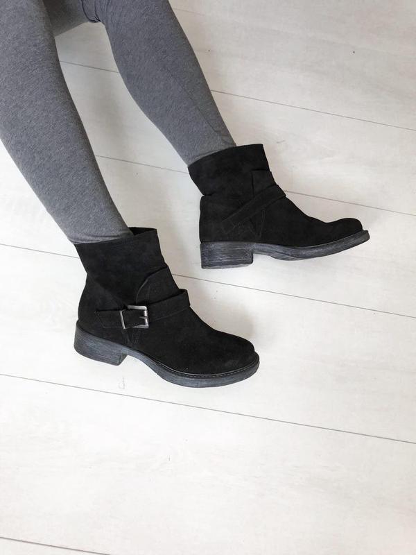 Замшевые ботинки италия кожа 37 р удобные