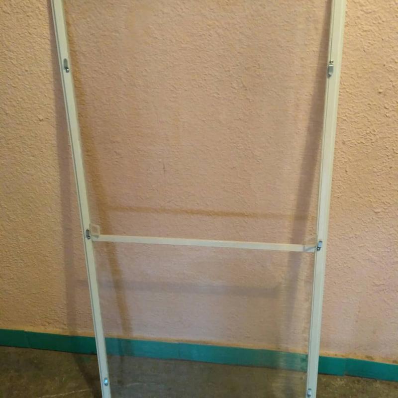 Москитная сетка для защиты от выпадения с окон домашних животных - Фото 5