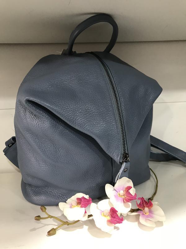 Голубой кожаный рюкзак италия мягкий и большой
