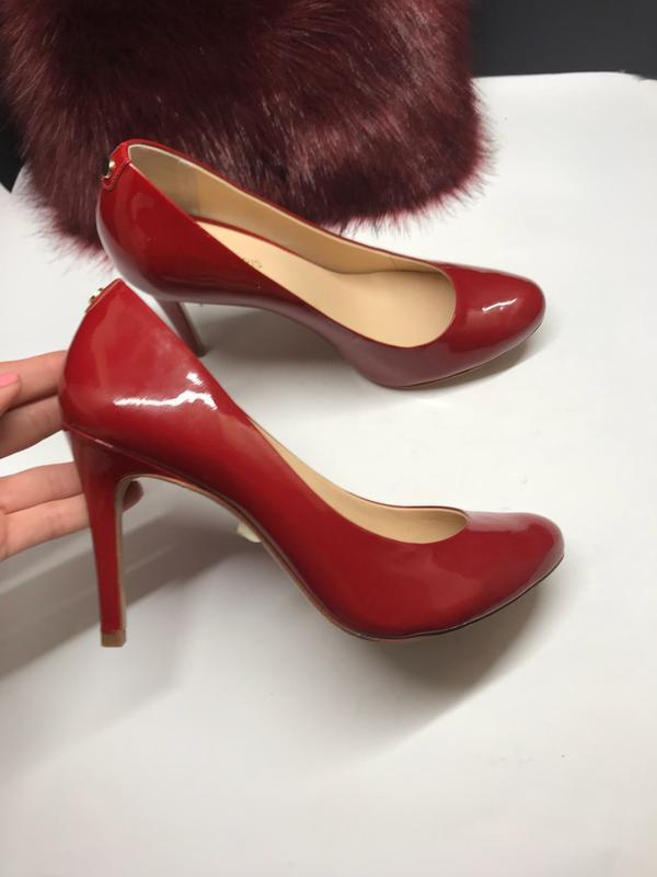 38 р красные туфли лаковые cosmoparis кожа