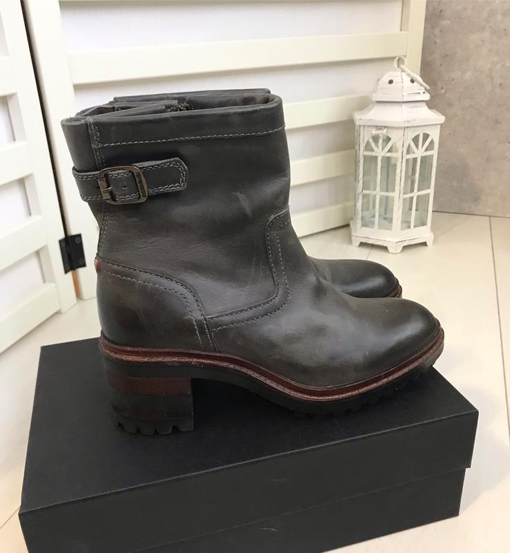Ботинки на удобном каблуке napapijri 37 p оливковые
