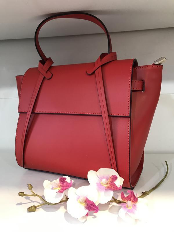Шикарная красная сумка кожа италия