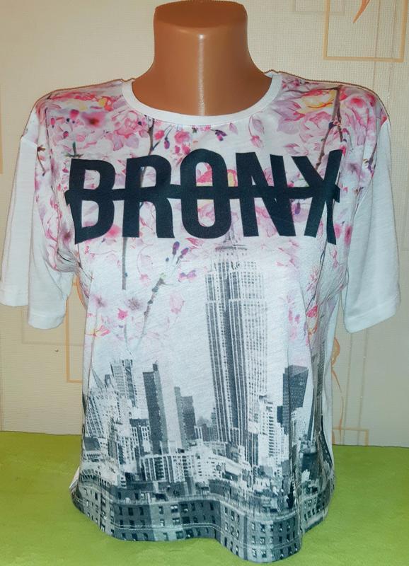 Свободная футболка с ярким принтом bronx atmosphere