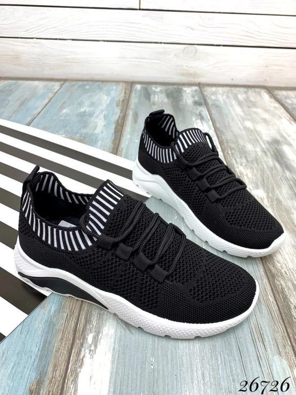 Чёрные текстильные кроссовки на шнуровке,женские чёрные кроссо...