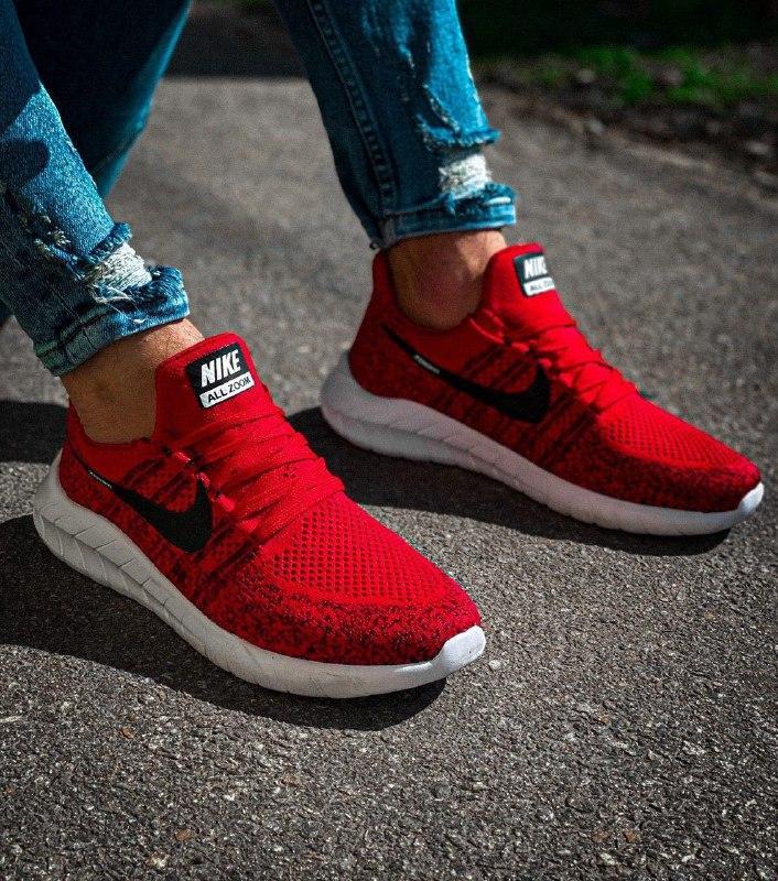 Мужские кроссовки  nike zoom красные с черным с белой подошвой - Фото 4