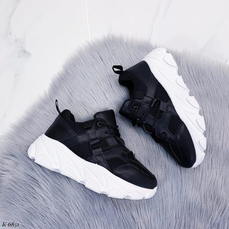 Черные  кроссовочки новиночка