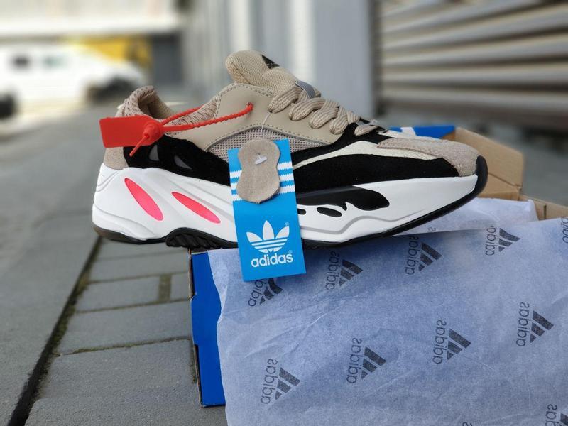 Adidas x yeezy boost 700 - Фото 4