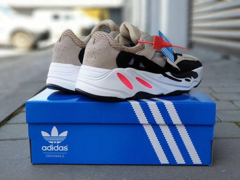 Adidas x yeezy boost 700 - Фото 5