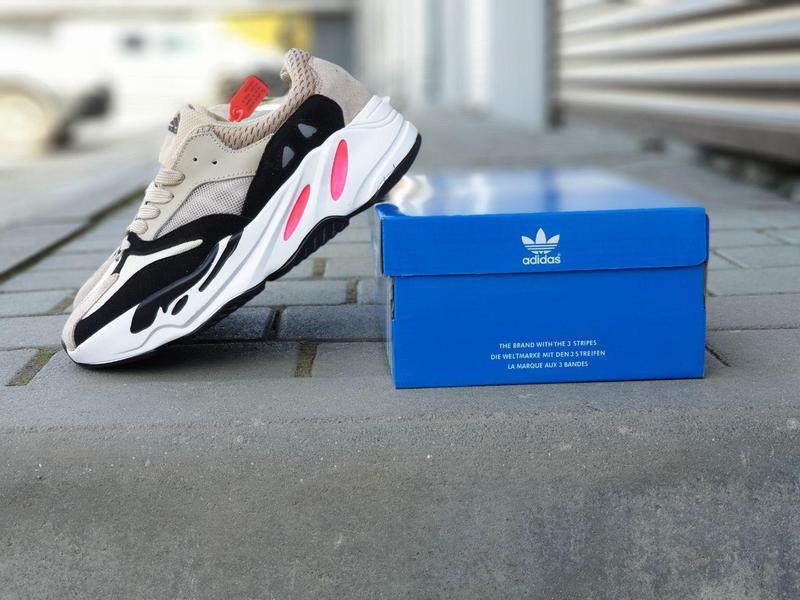 Adidas x yeezy boost 700 - Фото 6