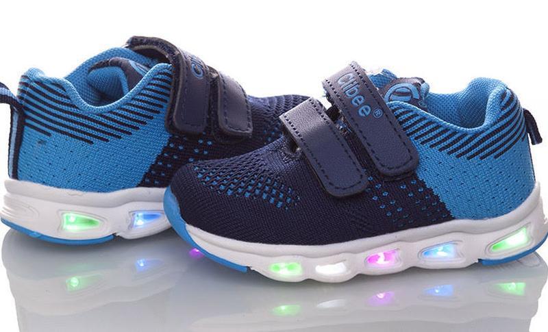 Мигающие кроссовки для мальчика с подсветкой led