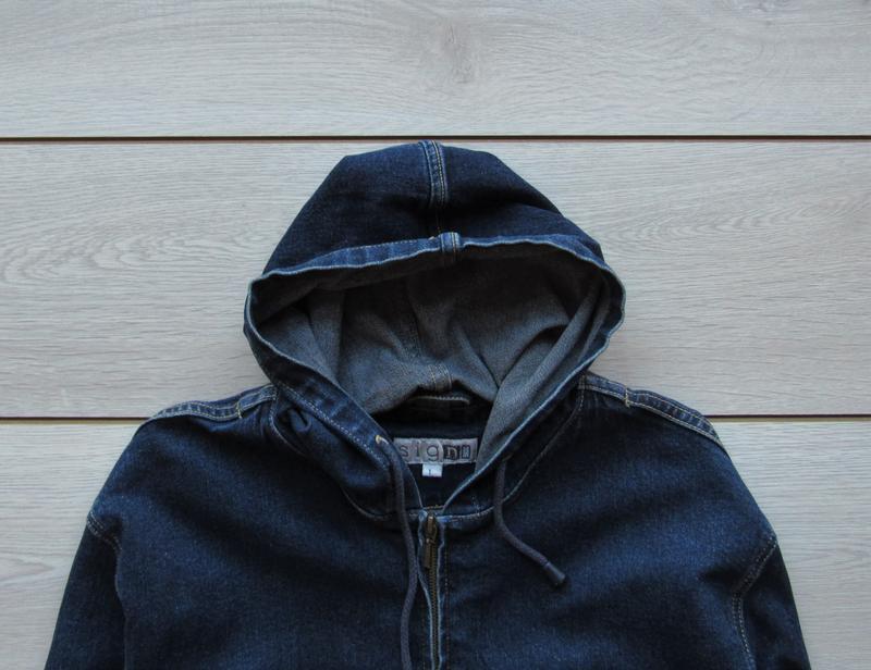 Джинсовая куртка прямого кроя с капюшоном на молнии - Фото 2