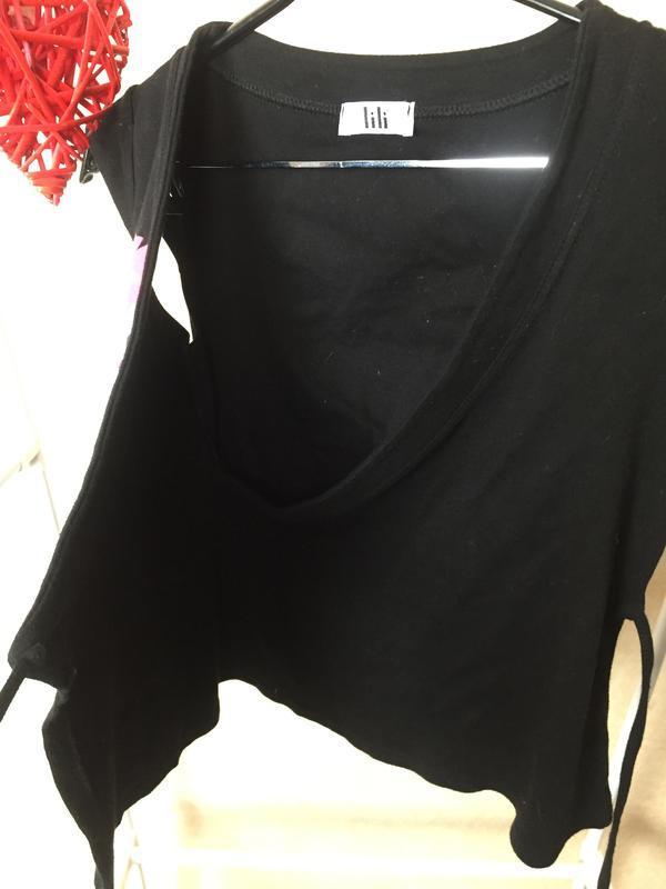 Яркая необычная футболка с запахом lili - Фото 3
