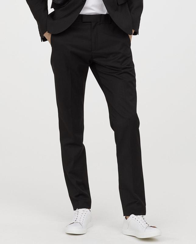 Черные костюмные брюки h&m, slim fit !