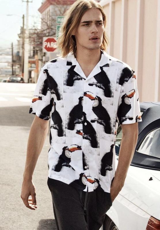 Белая курортная рубашка h&m с пеликанами !
