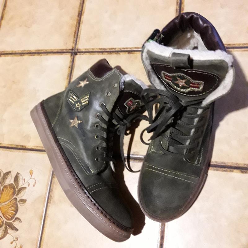 Кожаные ботинки/ кеды на меху р.39 германия