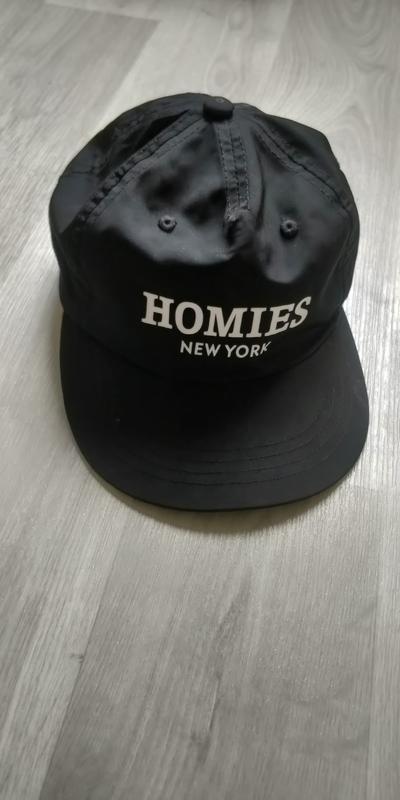 !продам новую женскую летнюю кепку homies