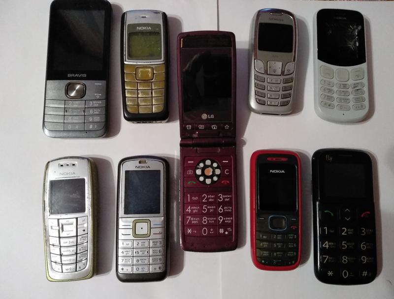 Робочі та неробочі телефони на запчастини або відновлення