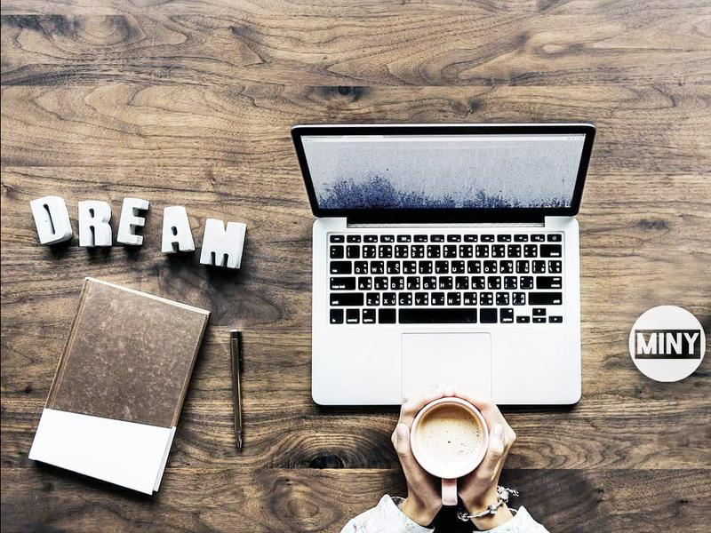 Работа на дому для девушек и женщин заработать онлайн среднеколымск