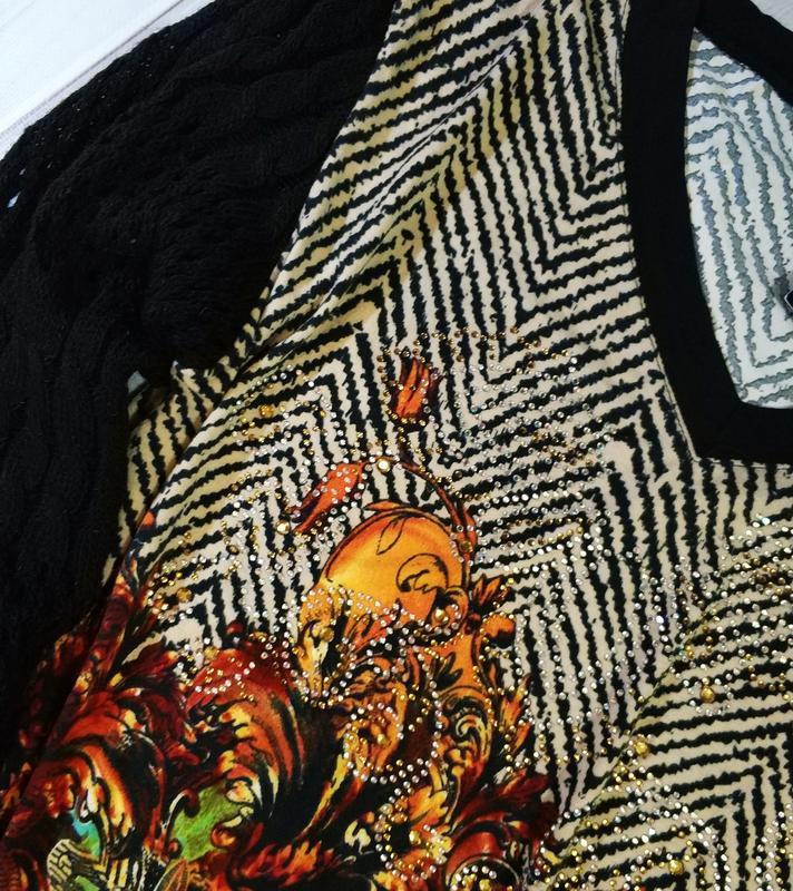Женский свитер,блуза с оригинальным принтом и стразами с вязан... - Фото 9