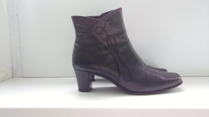 Ботинки кожаные clarks, р. 39,5-40.