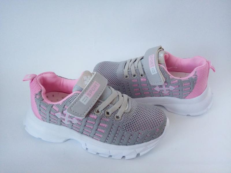 Легкие стильные кроссовки на девочку бренда gfb