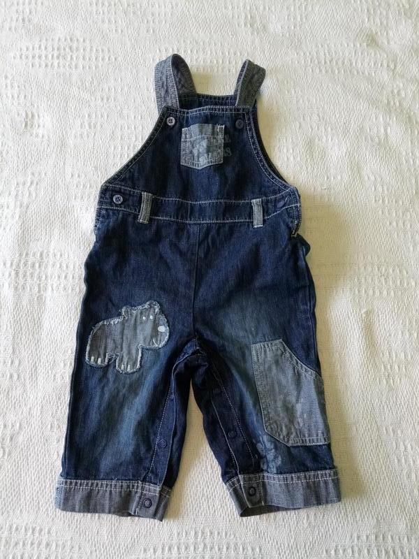 Комбинезон джинсовый marks&spencer на 3-6 мес.