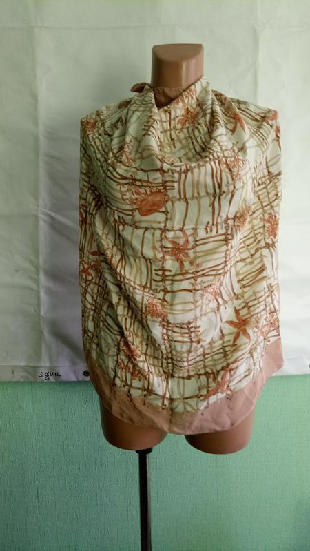 Платок фирменный натуральный шелк. 78х81